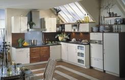מטבח פתוח וארונות עם פיתוחים   - הרודס מטבחים