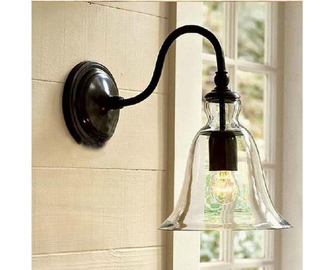מנורה לקיר - ברק תאורה
