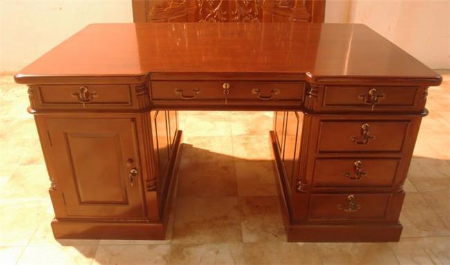 שולחן כתיבה לחדר עבודה - Treemium - חלומות בעץ מלא