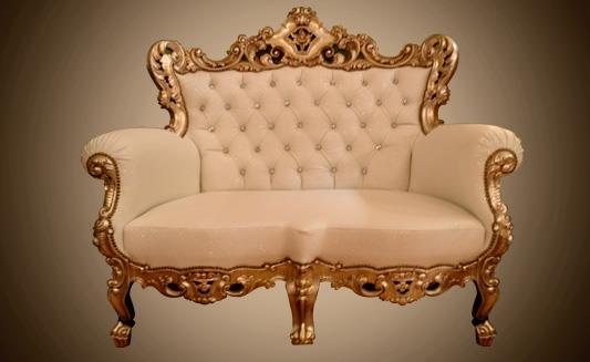 כורסא לבנה מפוארת - Treemium - חלומות בעץ מלא