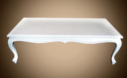 שולחן לבן בעיצוב נקי - Treemium - חלומות בעץ מלא