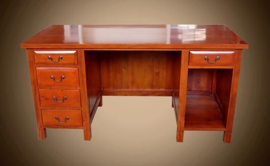 שולחן עבודה בסגנון קלאסי - Treemium - חלומות בעץ מלא