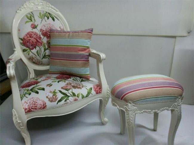 כורסא עם הדום - Treemium - חלומות בעץ מלא