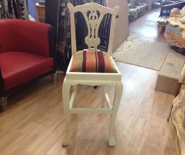 כסא בר מעץ מלא - Treemium - חלומות בעץ מלא