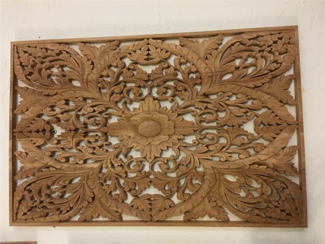 עיטור קיר מעץ טיק - Treemium - חלומות בעץ מלא