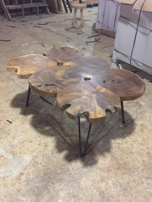 שולחן סלון בשילוב רגל נפחות - Treemium - חלומות בעץ מלא