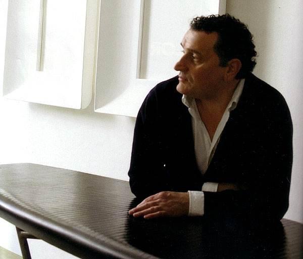 המעצב גנארו אבלונה<br/>(צילום: איתיאל ציון)
