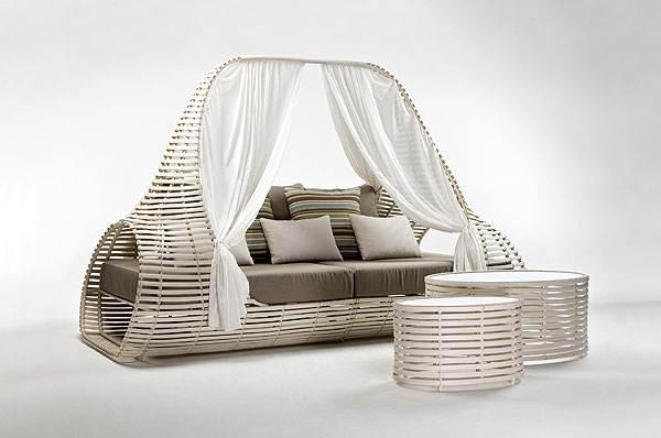 קולקציית ה- LOLAH מוציאה את הסלון הביתי אל הגן,