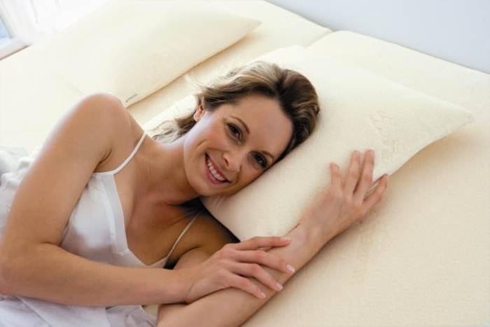 בחירת הכרית משפיעה על איכות השינה,