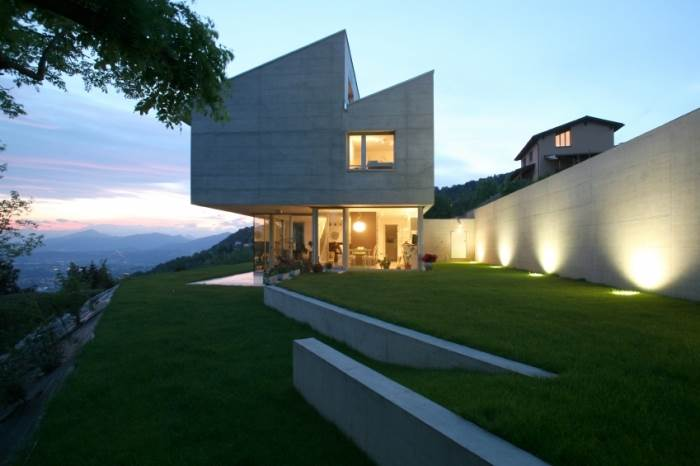 תכנון נבון של צורת הבית וכיוון העמדתו, יתרמו לחיסכון בחשמל וניצול משאב האור הטבעי, (צילום: אילוסטרציה)