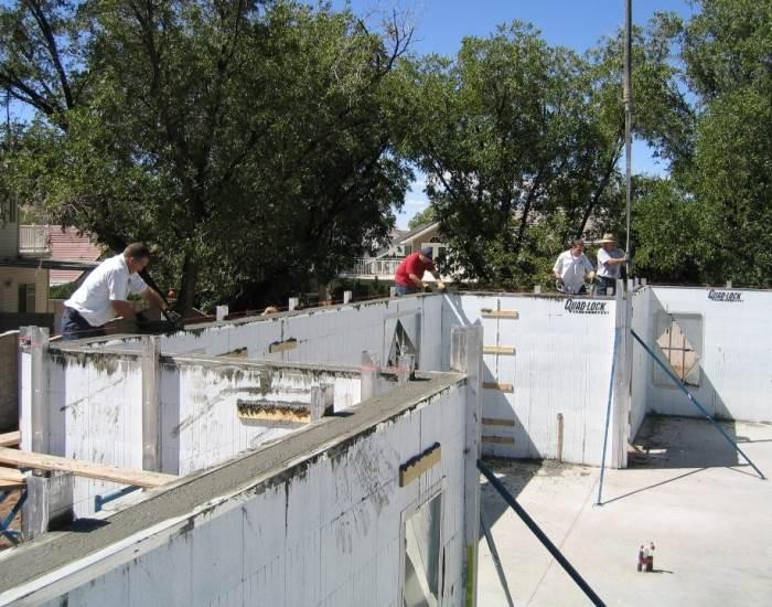 תכנון מוקדם יביא להפחתה משמעותית של כמות הפסולת המזהמת המצטברת במהלך הבנייה, ג.פ בניה ירוקה, (צילום: יח