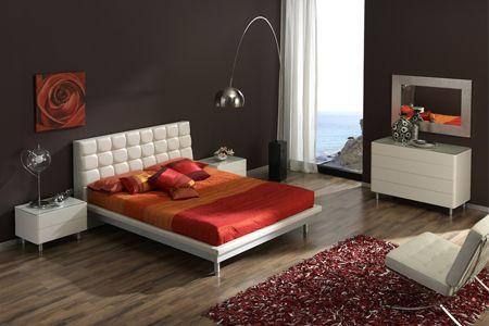 מיטה זוגית מודרנית בריפוד עור של