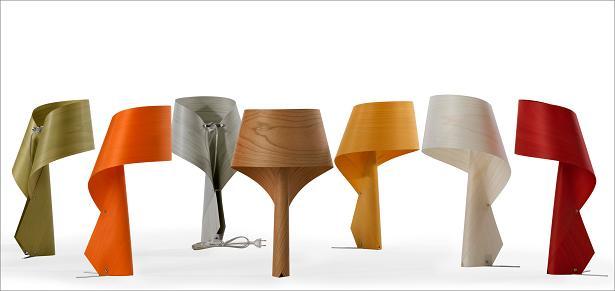 גופי תאורה לשולחן ולקיר דגם Air, עשוי פורניר, להשיג במגוון צבעים בחברת יאיר דורם, (צילום: יח