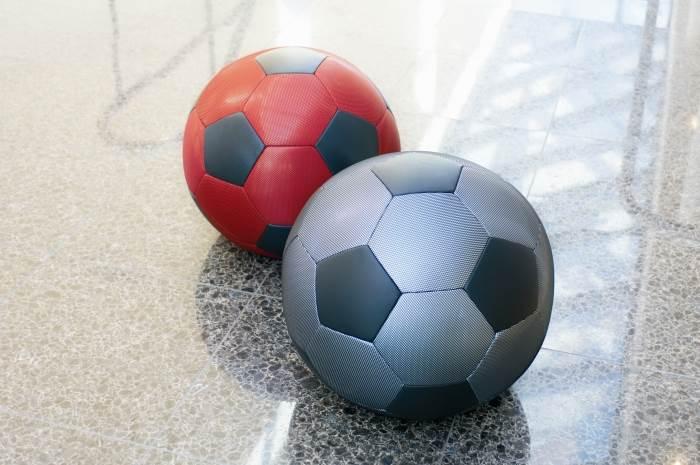 הדום בצורת כדורגל PLAYTIME, מבית היוצר של המותג ההולנדי MONTIS, להשיג ב