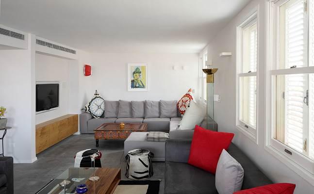 מומלץ לעצב את החדר באותה הרוח של שאר הבית, אך עם דגש על פונקציונליות הרהיטים. חדר משפחה בתכנון