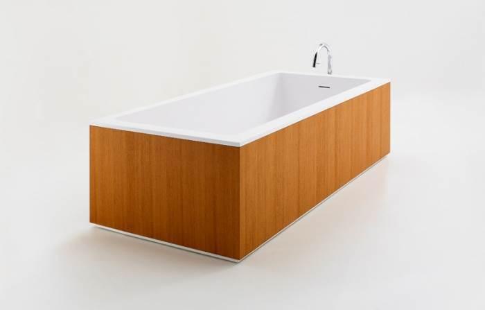 אמבטיה מעוצבת בחיפוי עץ של