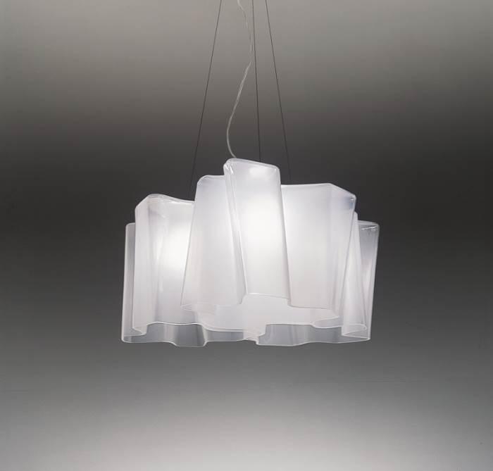 מנורת תלייה ב-4,849 שקלים במקום ב-9,69 שקלים. קמחי תאורה (צילום: יח