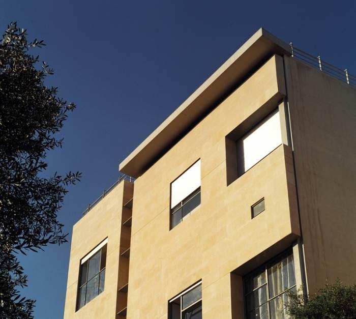 נבנה באותו מיקום בדיוק בו נבנה בית הוריו. ביתו הפרטי של דני קרוון (צילום: עמית גירון)