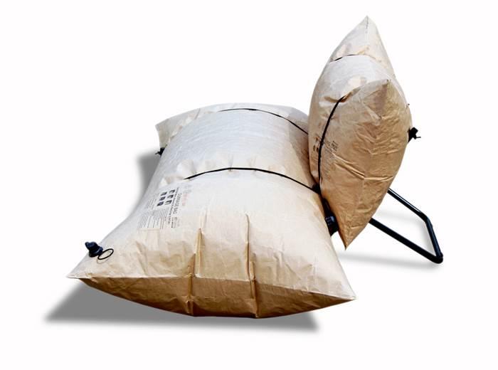 בובה מתנפחת – השלב הבא? כורסה מתנפחת של סטודיו malafor | מחיר: 300 יורו (צילום: Pawel Pomorski)