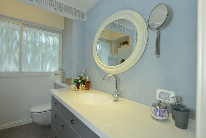 חדר האמבטיה - פסיפס לקישוט