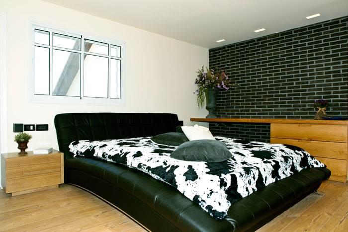 מיטה מפוארת שעשתה את כל הדרך מסין