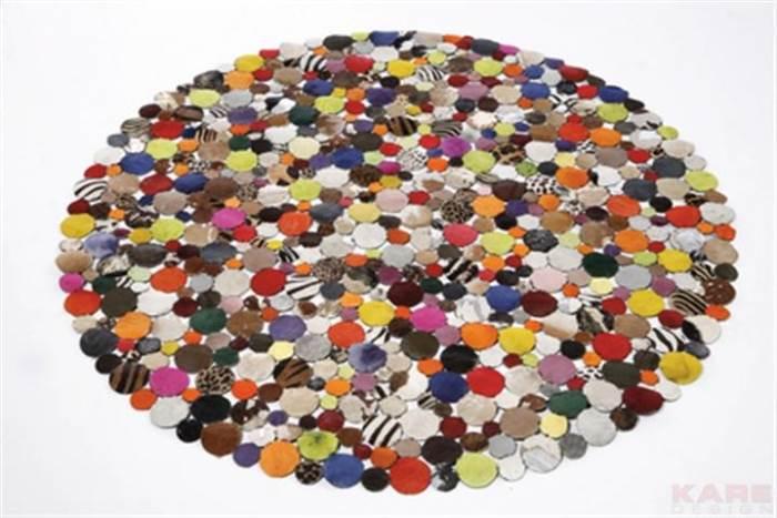 לא חייבים לחשוב מרובע - שטיח עגול של Kare Design