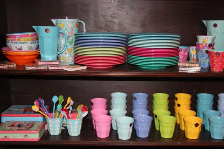 כלים וחפצים מיוחדים לבית בסגנונות שונים: ריקשה בכפר-קיש. צילום: יח