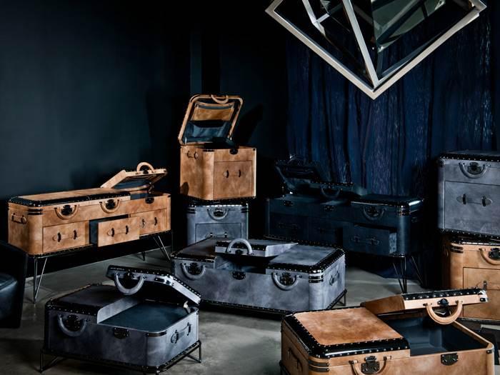 שולחנות קפה ושולחנות צד בחיפוי עור בהשראת מזוודות מסע לחברת HALO. להשיג בפנטהאוז רהיטים.