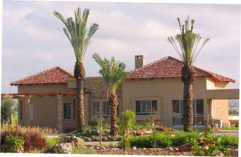 חשובה ההתאמה לסגנון האדריכלות הישראלי: גג רעפי מרסילייז טוסקנה לייט של קוניאל. צילום: יח