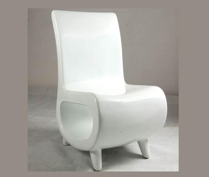 למה לעמוד אם אפשר לשבת- כסא בעיצוב מודרני של היבואנים