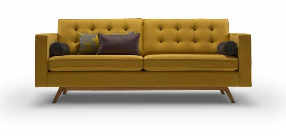 ספה תלת מושבית בצבע צהוב מדגם DANIELA