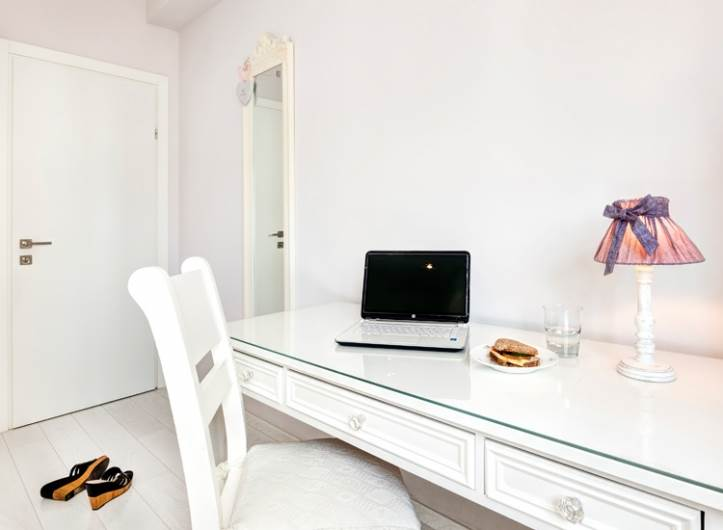 דלתות הפנים בדירה - דלתות פנדור מסוג יוניק