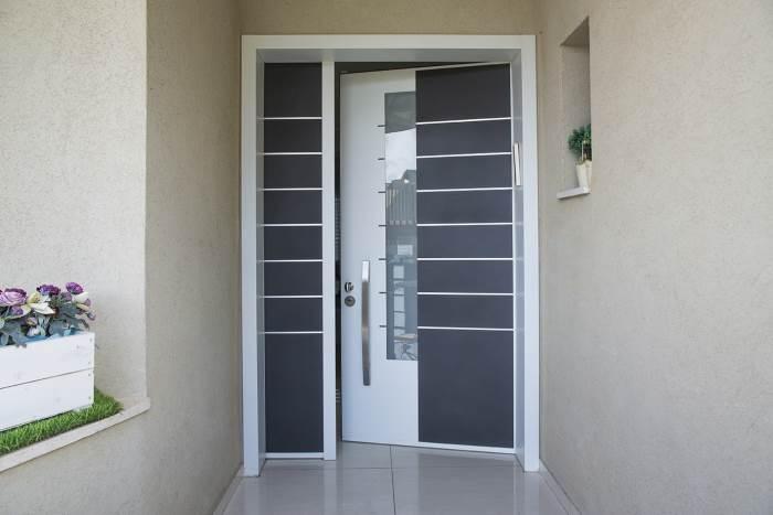 דלתות מהוות חלק בלתי נפרד מעיצוב הבית ועל כן, מומלץ להשקיע מחשבה מקדימה בבחירתן. צילום: עידן גור.