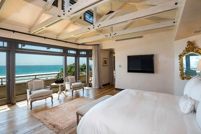 הנוף מחדר השינה בבוקר | צילום: COLDWELL BANKER