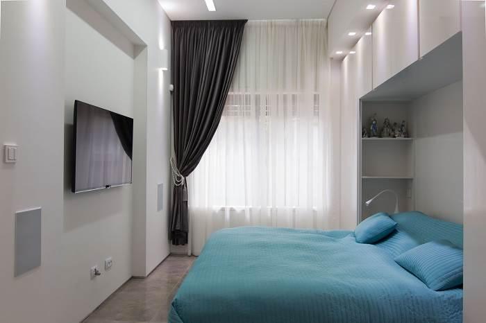 חדרי השינה עוצבו עם נישות וצבעים רכים.<br/>| צילום: דוד יכין