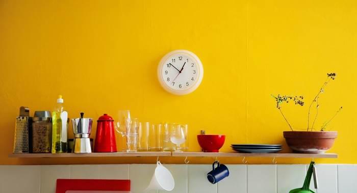 חזרו כמה שנים אחרוה עם קיר בגוון צהוב. יחצ: BG