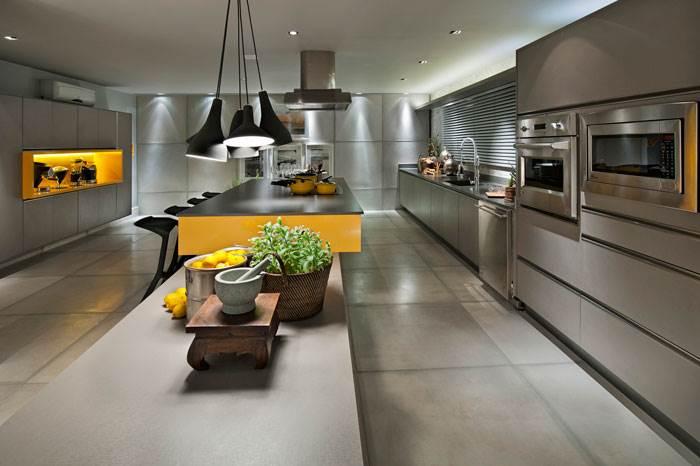 מטבחים גדולים משאירים מקום לחדשנות עיצובית דגם: Silestone Cemento Spa
