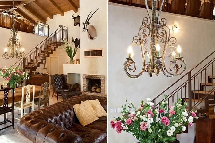מדרגות ברזל צף מובילות לקומת הגלריה. מהלכי המדרגות עשויים עץ אלון גושני | צילום: בועז לביא