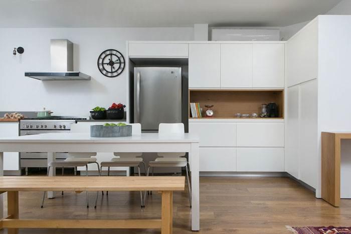 בקשת הדיירים הייתה להגדיל את המטבח והאזורים המשפחתיים | צילום: שירן כרמל