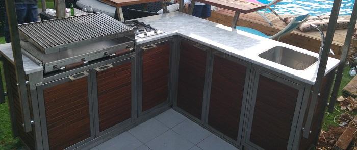 מטבח חוץ - אירוח מושלם בחצר!