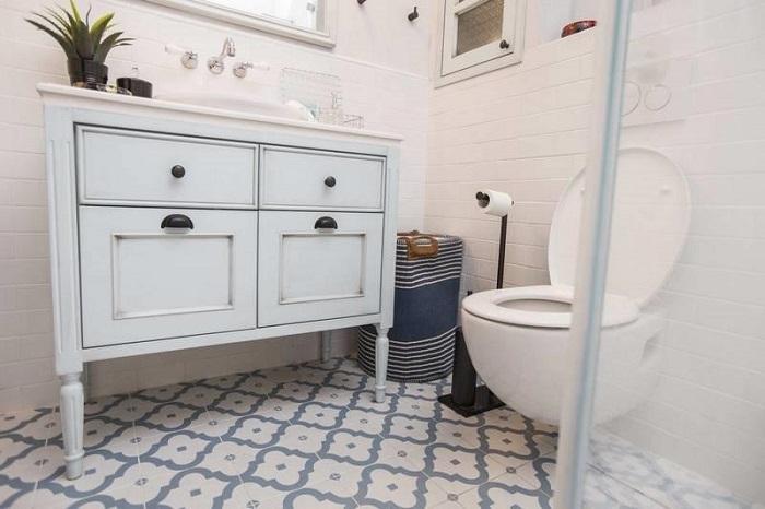 ריצוף חדר האמבטיה