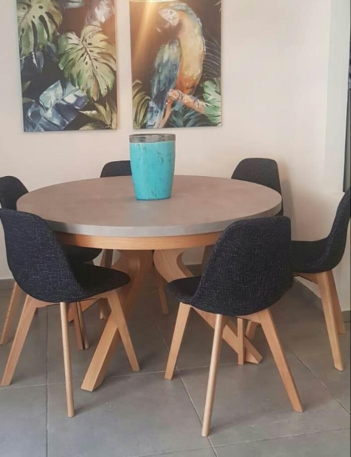 שולחן פורמייקת דמוי בטון