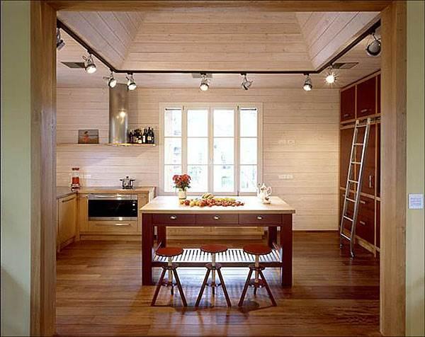 הרוח נושבת ואוספת את האוויר החם מאיזור המטבח <br/>(צילום: עמית גירון)
