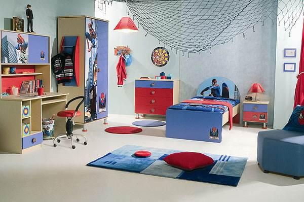 חדר המשלב את דמותו הנערצת של ספיידרמן,