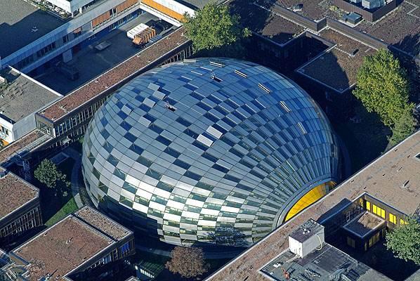 הצעה לבניין ציבורי, תערוכת פרפורמליזם <br/>(הדמיית מחשב)<br/>