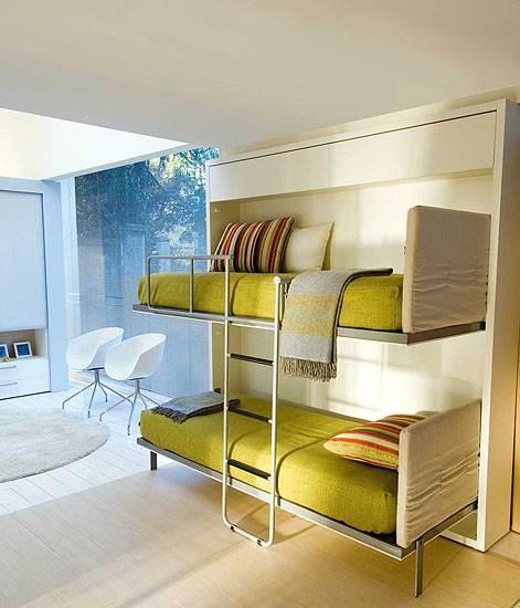 מיטת הקומותיים של