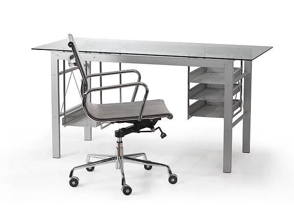 שולחן המנהל צריך להוות סביבת עבודה נוחה ופונקציונאלית, IDdesign</br>(צילום: יח