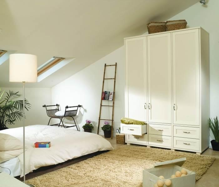 מומלץ לבחור ארון שישתלב בצורה הרמונית עם החלל, ארון בסגנון כפרי מבית