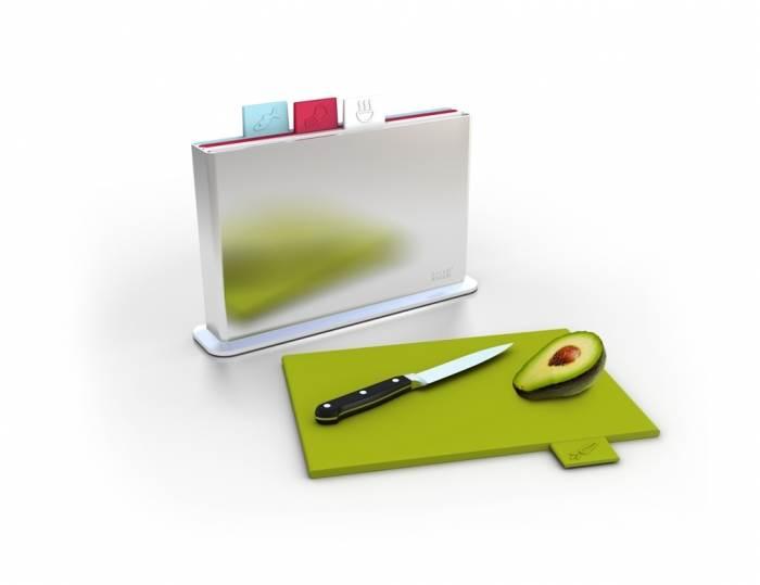 סט לוחות חיתוך צבעוניים, להשיג ברשת The Cook Store בעלות של 349 שח, (צילום: יחצ)