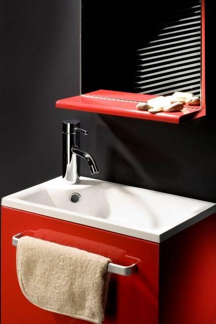 ארון אמבט אדום מדגם NIZA, של